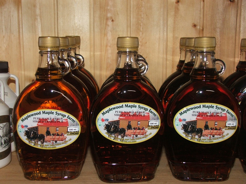 Display of 500ml Pure Maple Syrup